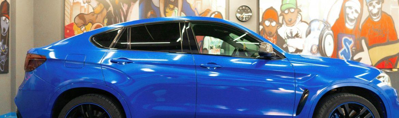 BMW X5M50d Diamond Blue by Avery Dennison